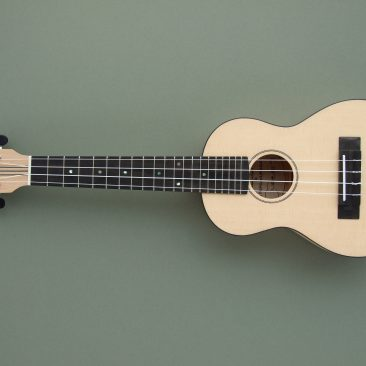 Concert Ukulele in Maple and Spruce with a Mahogany Neck.