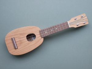 Mini Pineapple Ukulele in Cherry