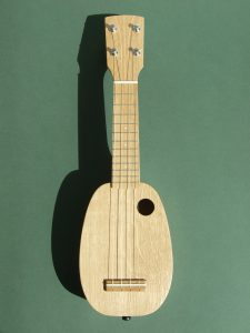 Oak Mini Pineapple Ukulele